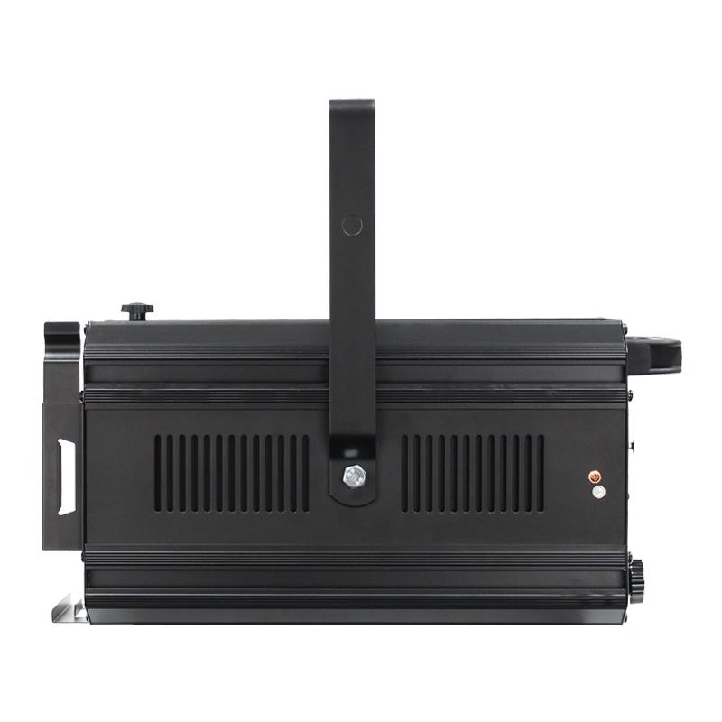 ZF 150 LED Zoom Fresnel WW Side View