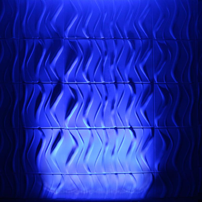 Quad Pix Batten Blue Wall Wash