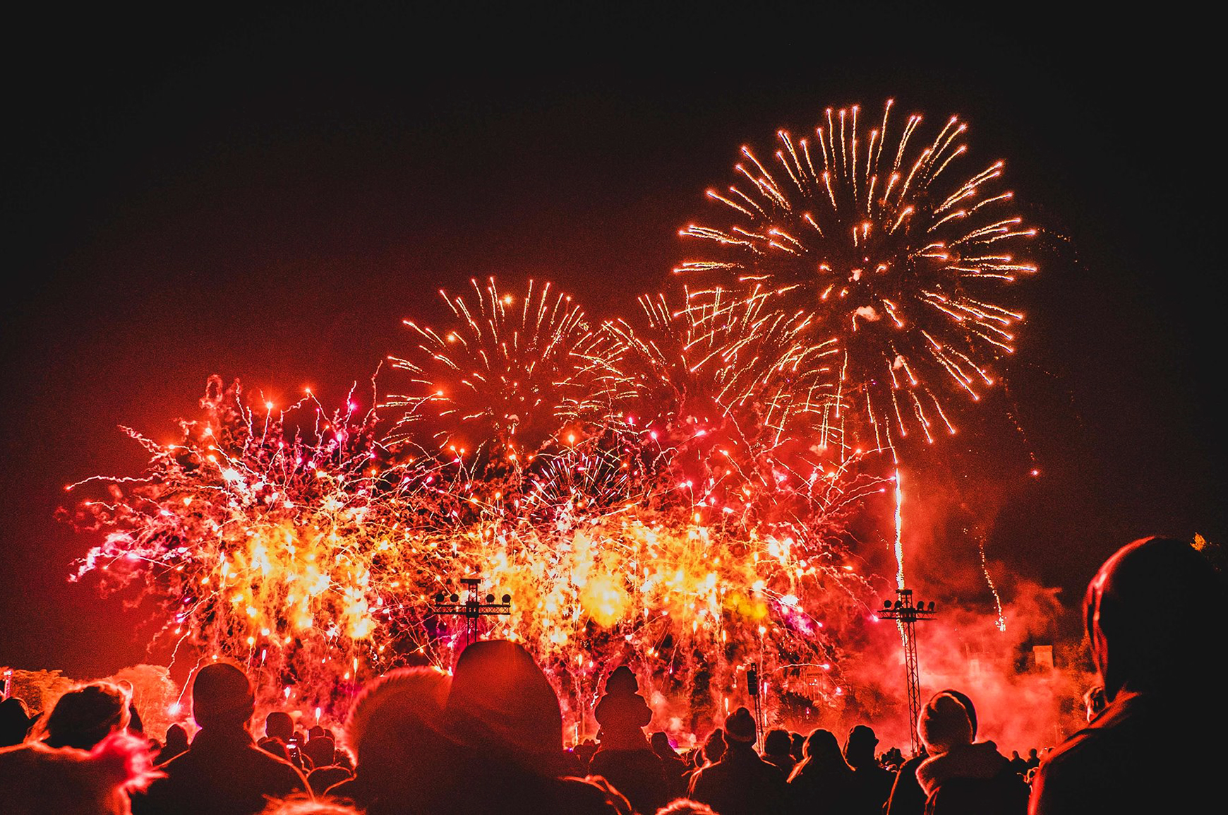 Alton Towers Resort firework display attracts thousands with Zenith