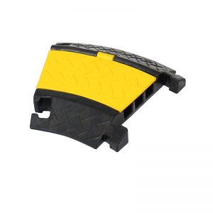 3 Channel Cable Ramp 30 Degree Corner with yellow lid